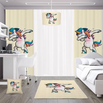 Dans Eden Tek Boynuzlu At Pembe  Zemin Kız  Çocuk Odası Fon Perdesi-DKCF-1049