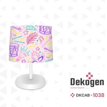 Karışık Davul - Maske - Tüy Desenli Kız Çocuk Odası Abajur-DKCAB-1038